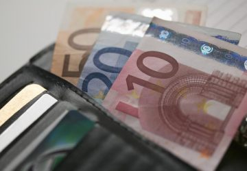 wallet-euro-360x250.jpg